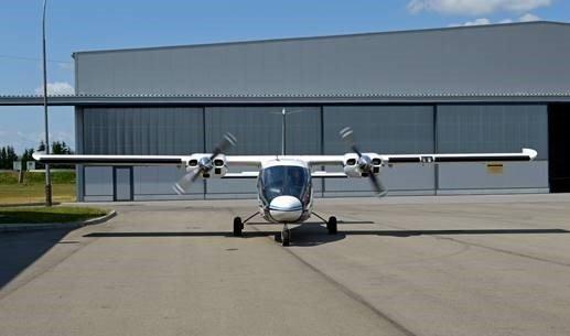 Zdjęcie przedstawia samolot, który zbiera dane latając nad Parkiem. Autor zdjęcia: Adam Podstada, MGGP Aero.